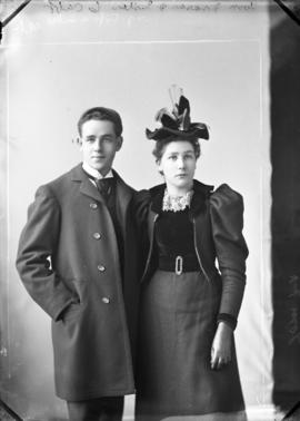 Photograph of Tom Fraser and sister