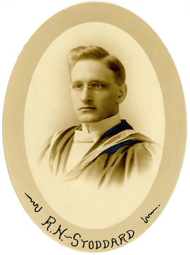 Portrait of Robert Harvey Stoddard : Class of 1916
