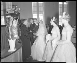 Photograph of Mr. & Mrs. Grice and the wedding party at the wedding ceremony