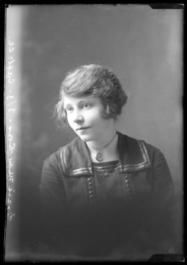 Photograph of Jessie May Ross