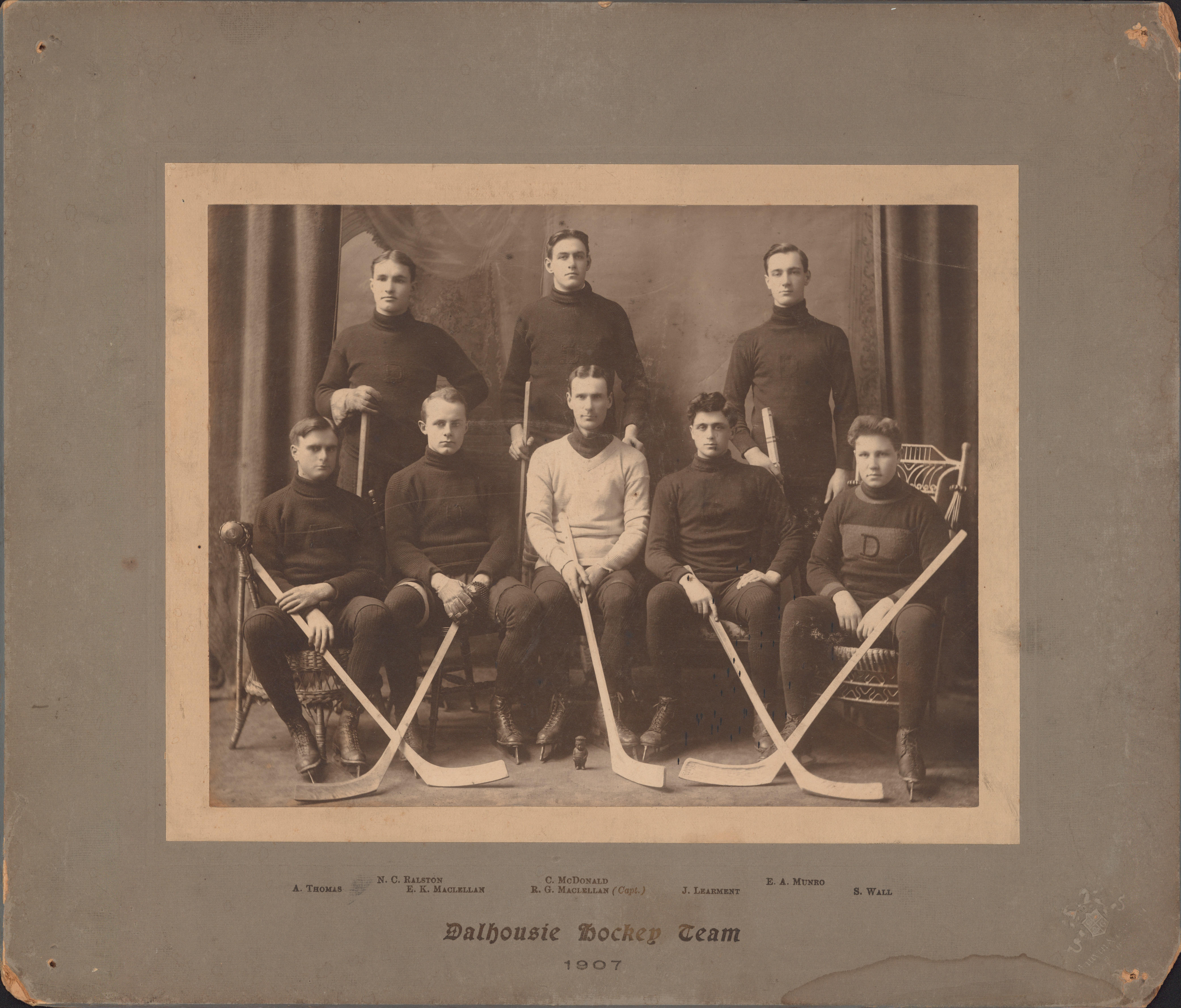 Photograph of Dalhousie Hockey Team - 1907 - Archives Catalogue and ...