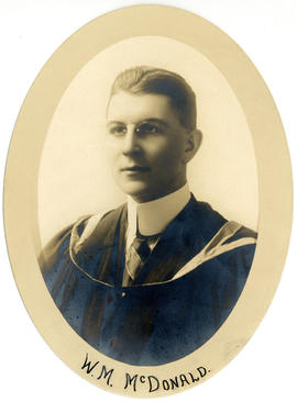 Portrait of Wilfred Murray MacDonald : Class of 1916