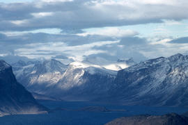 Photograph of mountains in the eastern Canadian Arctic