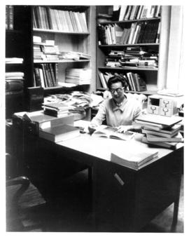 Photograph of Marnie Lee, Medical-Dental Library staff in the 5963 College Street building
