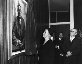 Photograph of Sidney E. Smith portrait unveiling